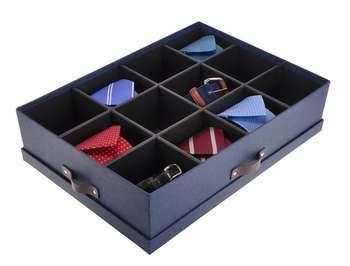 Коробка с отделениями для хранения галстуков
