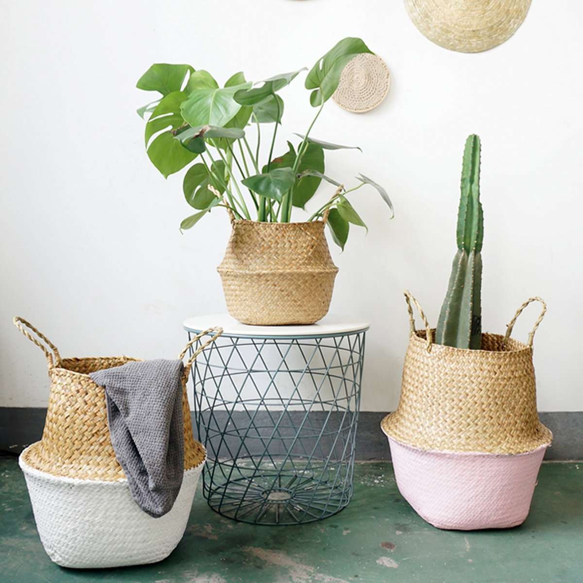 Decorating-with-seagrass-baskets