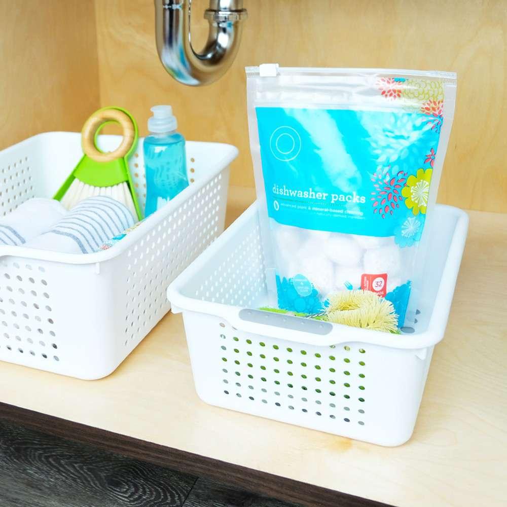 madesmart-small-basket-white-plastic