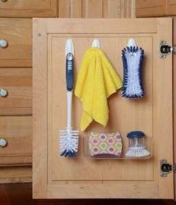 kitchen-cabinet-door-command-hooks