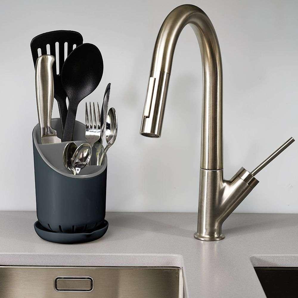 josephjoseph-dock-cutlery-drainer-organizer